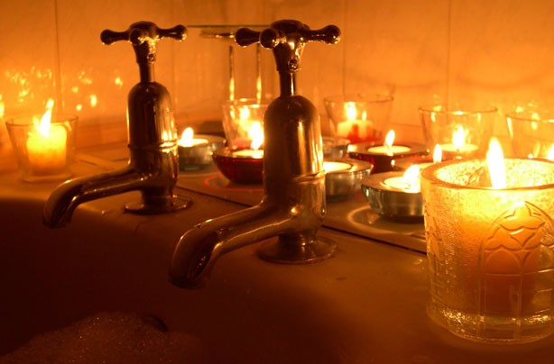 bath taps with candles Relaxing Bath Candle